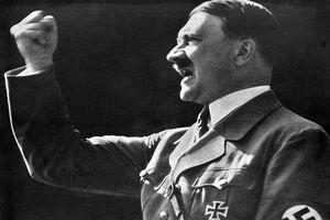 تعلیق افسران ارتش آلمان به دلیل اشتراکگذاری عکس هیتلر