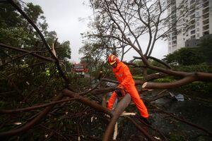 خسارت طوفان مهیب در چین