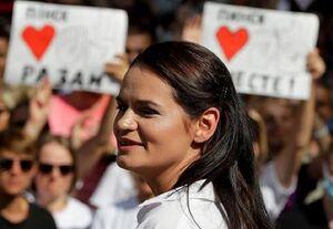 خروج رهبر مخالفان بلاروس از کشور