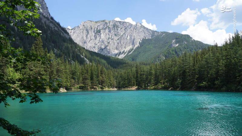 دریاچه گریونر زی در اشتیری اتریش