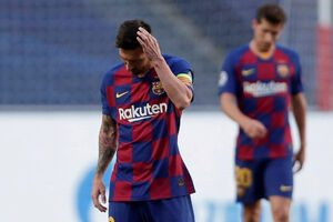 پیروزی خیرهکننده بایرن مونیخ مقابل بارسلونا
