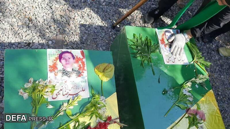 خاکسپاری پیکرهای مطهر دو شهید لشکر فاطمیون در مشهد + تصاویر
