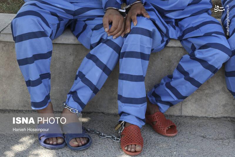 2884399 - عکس/ متلاشی شدن باندهای سرقت در شیراز