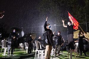 باران رحمت الهی بر سر عزاداران حسینی