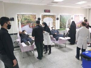 روایتی متفاوت از «کمک مؤمنانه»| خون سبزپوشان در رگهای بیماران+ تصاویر