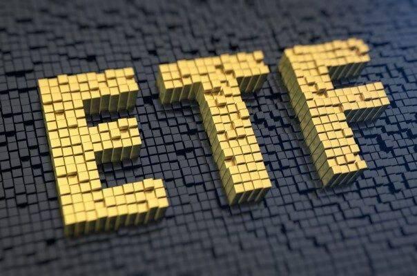 عملکرد مردادماه صندوقهای ETF