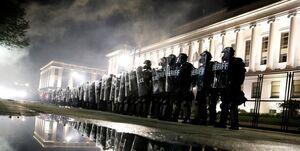 اعزام گارد ملی برای سرکوب معترضان در ویسکانسین