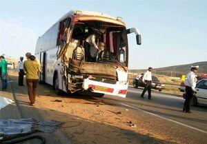 ۳ کشته در برخورد تریلی و اتوبوس