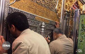 تصویری از حضور سپهبد شهید سلیمانی در حرم حضرت اباالفضل علیهالسلام