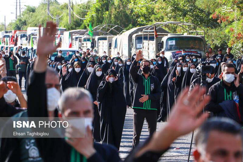 2898987 - عکس/ اقدام زیبای زنجانیها در روز تاسوعا