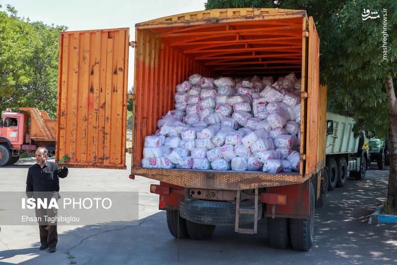 2899002 - عکس/ اقدام زیبای زنجانیها در روز تاسوعا