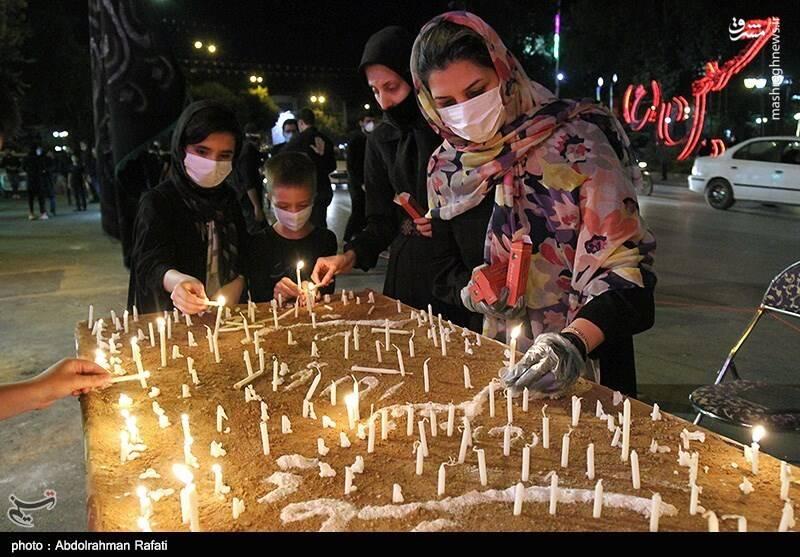 مراسم شام غریبان حسینی در گلستان شهدای اصفهان
