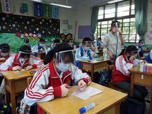 عکس/ بازگشایی مدارس ووهان