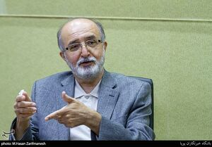 مقصر افت ارزش ریال کیست؟/ مستخدمین حسینی: دولت روحانی کاهش ارزش پول ملی را به اوج رسانده است