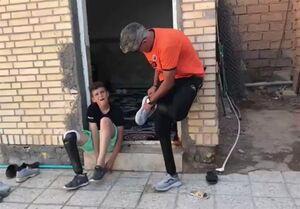 کمک ورزشکاران به کودک اهوازی + عکس