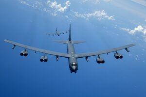 مأموریت هواپیماهایB-۵۲ آمریکا در منطقه چیست؟