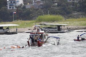 عکس/ قایق حامیان ترامپ در تگزاس غرق شد