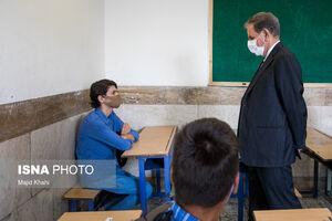 عکس/ بازدید جهانگیری از مدارس منطقه ۱۰ تهران
