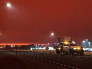 عکس/ آسمان قرمز رنگ آمریکا
