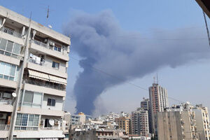فیلم/ وقوع آتشسوزی گسترده در بندر بیروت