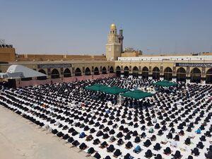 عکس/ اقامه نماز جمعه در مسجد کوفه بعد ۴ ماه
