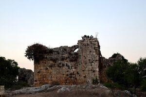 تخریب قلعه تاریخی لبنان به دست صهیونیستها +عکس