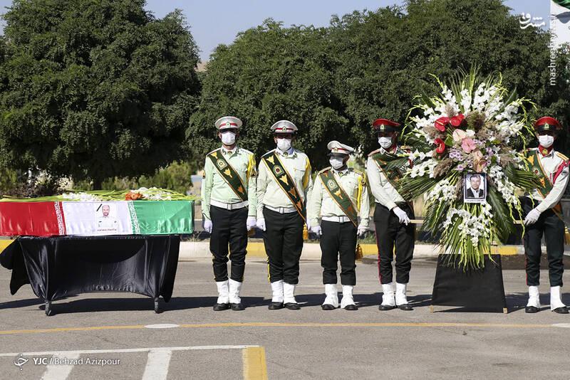 2916976 - عکس/ تشییع شهید مدافع امنیت در تبریز