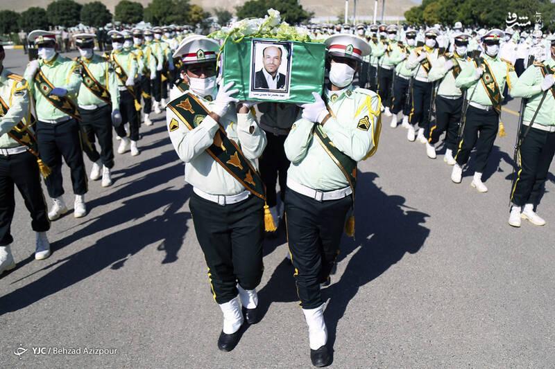 2916982 - عکس/ تشییع شهید مدافع امنیت در تبریز