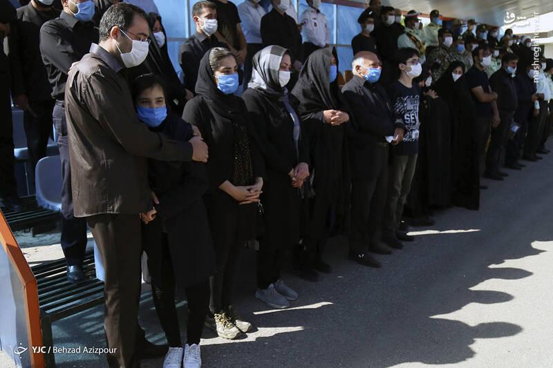 2916983 - عکس/ تشییع شهید مدافع امنیت در تبریز