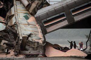 عکس/ خروج قطار از ریل در کانادا