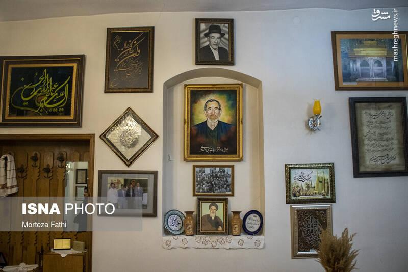 مجموعه ای از لوح ها و عکس های منتسب به حاج فیروز