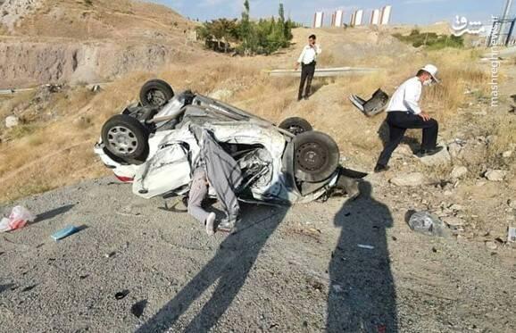 فوت راننده ۲۰۶ بر اثر سقوط از پل آزادراه +عکس