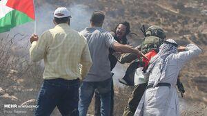 عکس/ حمله شهرک نشینان صهیونیست به کشاورزان فلسطینی