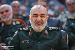 فرمانده کل سپاه درگذشت مادر شهید همت را تسلیت گفت