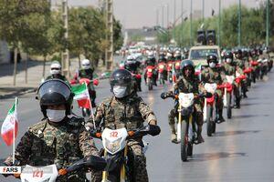 عکس/ رژه موتورسواری به مناسبت هفته دفاع مقدس در اراک