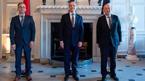 بیانیه سه کشور اروپایی درباره توقف اجرای پروتکل الحاقی