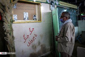 عکس/ روایت ۴۰ سال مقاومت مردم ایران