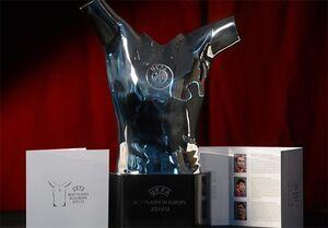 ۳ نامزد نهایی کسب جایزه بازیکن سال اروپا +عکس