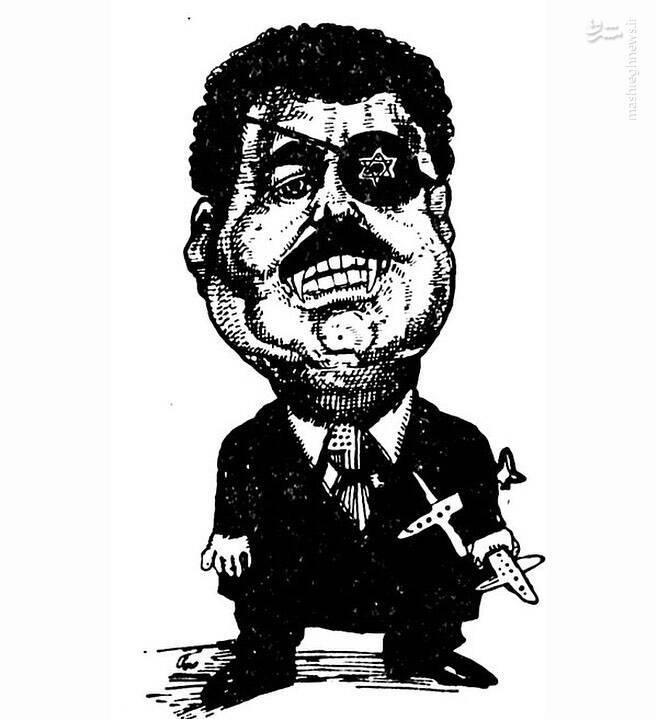 همزمان در همین روز، حبیبالله صادقی با اشاره به عملیات «کمان۹۹» (بزرگترین عملیات تاریخ نیروی هوایی ایران)، صدام را در قامت دزد دریایی خوناشام اما با هواپیماهای اسقاطیاش تصویر کرد. روی چشمبند و کراوات صدام نمادهای رژیم صهیونیستی و آمریکا به دیده میشد. این اثر در روزنامه اطلاعات چاپ شد.