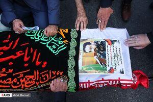عکس/ وداع با پیکر سردار شهید حمید خدادی