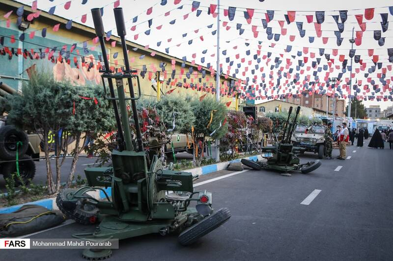 نمایش ادوات نظامی در نمایشگاه اقتدار 40 به مناسبت چهلمین سالگرد دفاع مقدس