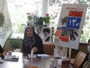 ادبیات خاطره نویسی زنان در دفاع مقدس - آذر خزاعی - نویسنده کتاب پلاک ۱۴۰