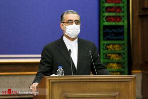 عکس/ برگزاری نشست خبری با رعایت پروتکل های بهداشتی