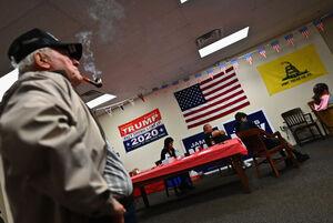 عکس/ تماشای مناظره انتخابات ۲۰۲۰ در آمریکا
