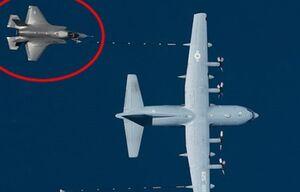 سقوط «اف-۳۵» و هواپیمای سوختگیری در کالیفرنیا +عکس
