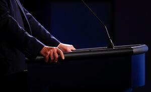 حاشیه هایاولین مناظره انتخاباتی آمریکا