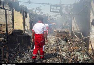 مهار آتش سوزی در بازارچه ساحلی بندر دیلم