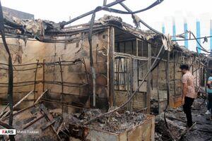 عکس/ آتشسوزی بازار ساحلی بندر دیلم