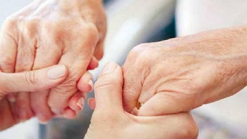 ۷ راه برای جلوگیری از لرزش دست