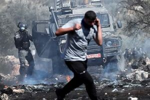 زخمی شدن ۲۰ فلسطینی در یورش نظامیان صهیونیست